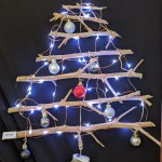 2019 - 12 Stick Christmas Tree 23